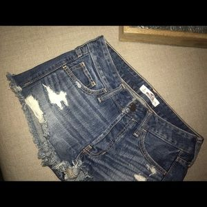 Hollister distressed shorts